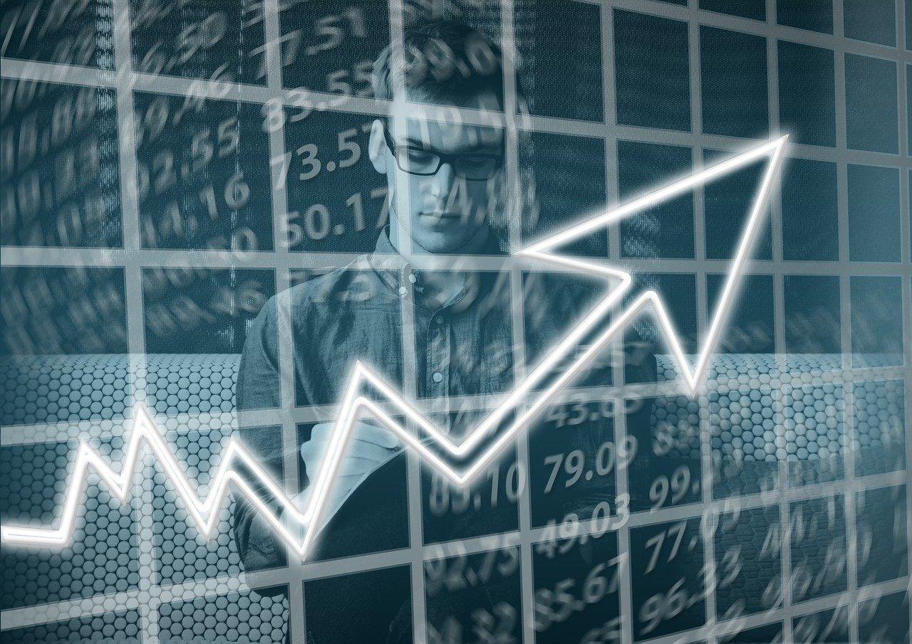 homme et courbe statistique montante